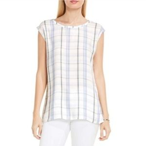 Two by Vince Camuto Plaid Pathway Split Back Top